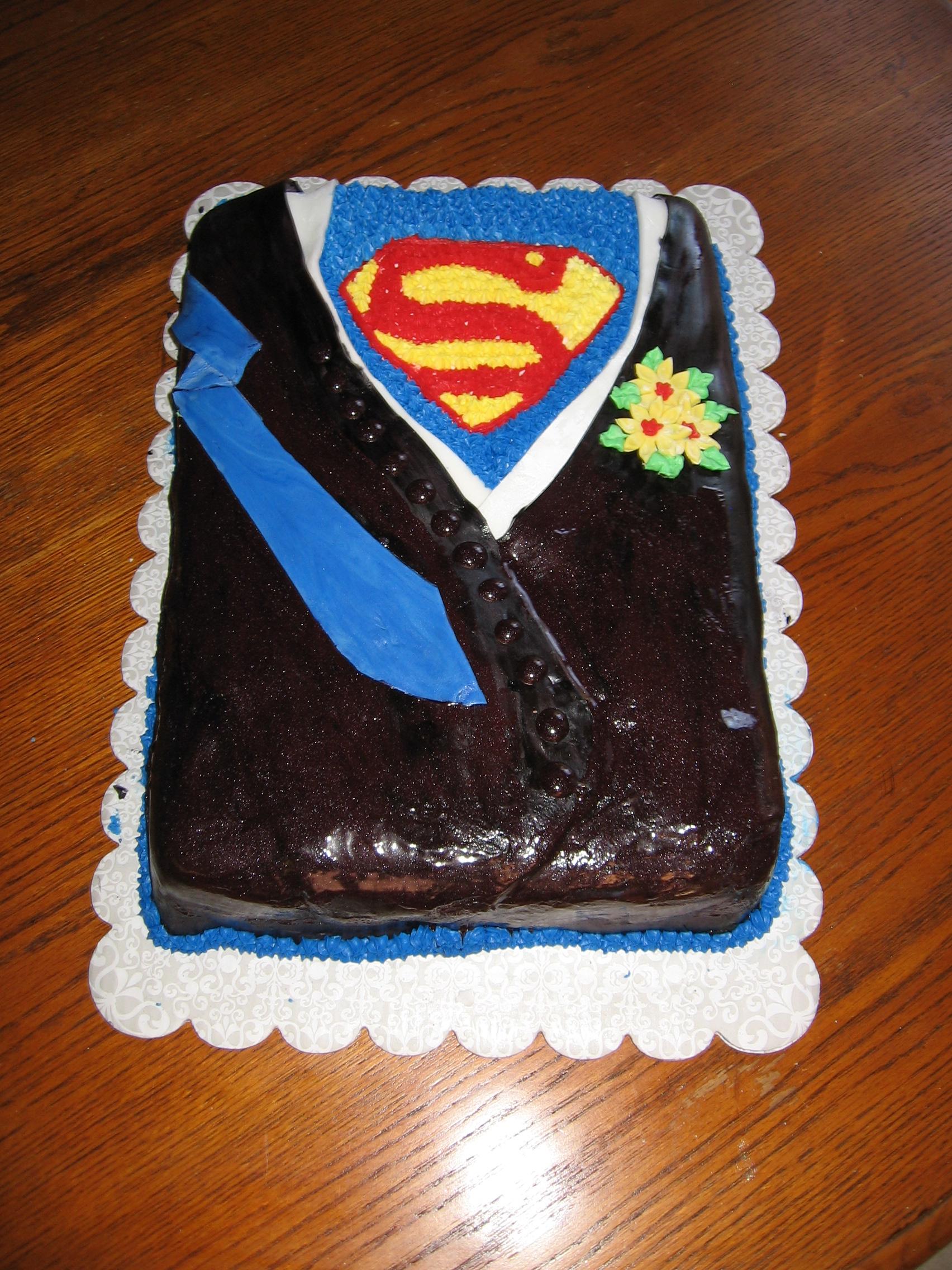 Superman Cake lynndaviscakes